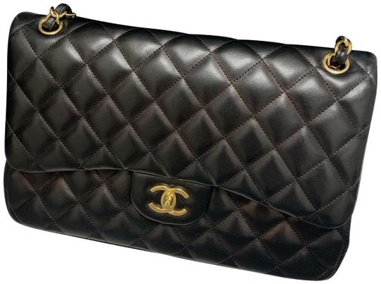 Preload https://img-static.tradesy.com/item/25489138/chanel-double-flap-medium-classic-gold-hardware-black-lambskin-leather-shoulder-bag-0-1-540-540.jpg