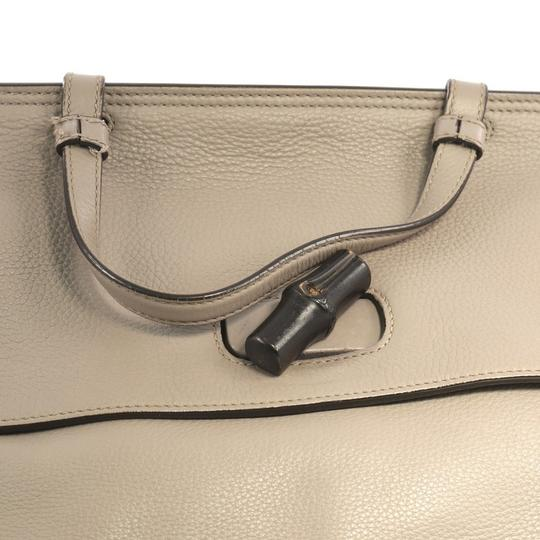 Gucci Leather Large Satchel in Gray Image 6