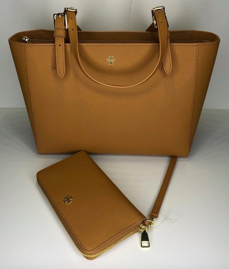 Tory Burch Shopper Purse Leather Matching Set Tote in Cardamom Image 1