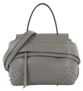 c99cefcf17 Tod's Cross Body Bags - Up to 70% off at Tradesy