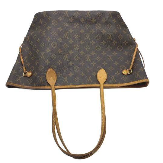 Louis Vuitton Tote in Brown Image 10