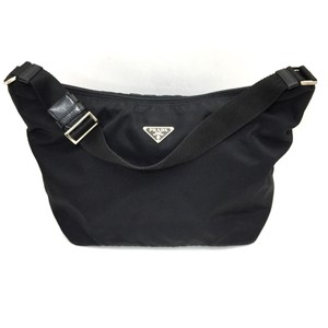 b65be616724 Prada Bags on Sale - Up to 70% off at Tradesy