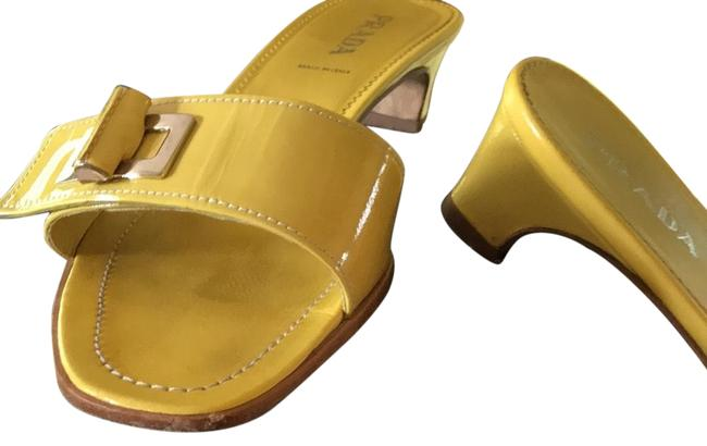 Item - Yellow Calzature Donna Sandals Size EU 38.5 (Approx. US 8.5) Wide (C, D)