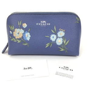 Coach Cosmetic Case 17 with Tossed Daisy Print