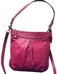 f8a1e46440 Coach Soho Chain Buckle A0969-f13454 Berry Pink Leather Clutch - Tradesy