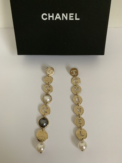 Chanel Chanel COCO CHANEL Logo Gold Tone Disc Pearl Drop Statement Earrings Image 2