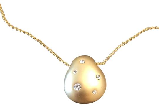 Preload https://img-static.tradesy.com/item/25493022/cole-haan-gold-crystal-pendant-necklace-0-3-540-540.jpg