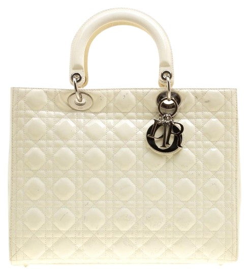 Preload https://img-static.tradesy.com/item/25493644/dior-lady-patent-large-cream-leather-tote-0-1-540-540.jpg