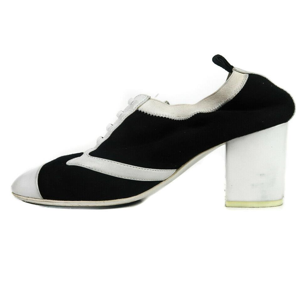 6e8253d649 Chanel Black & White Cc Oxford Heel 8 Pumps Size EU 38.5 (Approx. US 8.5)  Regular (M, B) - Tradesy