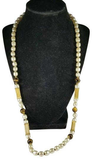 Preload https://img-static.tradesy.com/item/25494519/miriam-haskell-ivory-vintage-faux-pearl-tigers-eye-bead-28-long-necklace-0-1-540-540.jpg