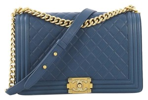 Chanel Flapbag Calfskin Medium Satchel in Blue
