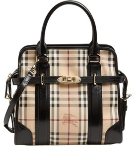 Burberry Satchel in black & multiple