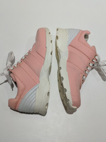 Chanel Trainer Sneaker Runner pink Athletic Image 2