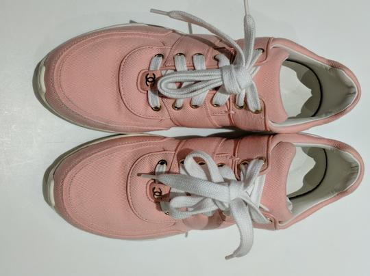 Chanel Trainer Sneaker Runner pink Athletic Image 3
