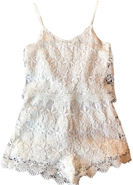 Preload https://img-static.tradesy.com/item/25494767/zara-white-lace-applique-size-xserve-romperjumpsuit-0-1-650-650.jpg