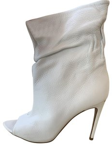 Burberry white leather Boots