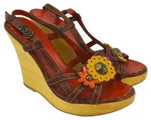 Moschino #vintage #floral #studded #leather #bohemian TAN/ BROWN Sandals