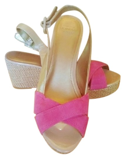 Preload https://img-static.tradesy.com/item/25495756/joan-and-david-pink-and-tan-luxe-walbridge-sandals-size-us-10-regular-m-b-0-1-540-540.jpg