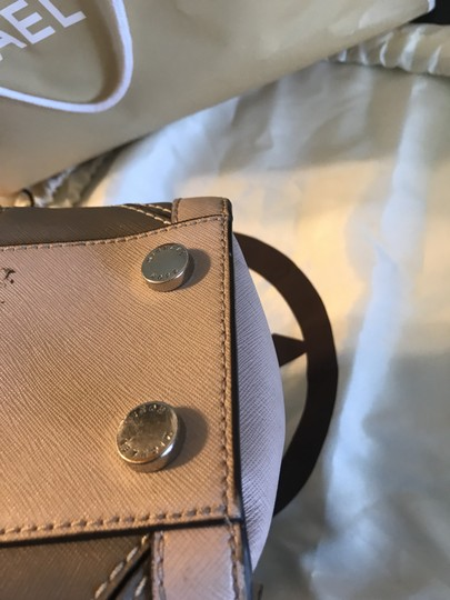 Michael Kors Tote in Pink/Fawn Image 1
