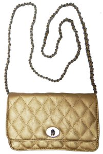 Vecceli Italy Quilted Channel Womens Vintage Cross Body Bag