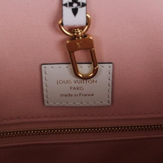 Louis Vuitton Onthego Giant Monogram Giant Collection On The Go Onthego Satchel in Rouge Image 10