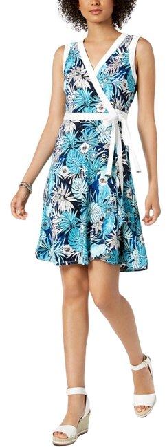 Preload https://img-static.tradesy.com/item/25496734/tommy-hilfiger-blue-floral-print-wrap-mid-length-cocktail-dress-size-8-m-0-1-650-650.jpg