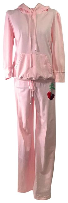 Item - Pink Cherry Activewear Outerwear Size 8 (M)