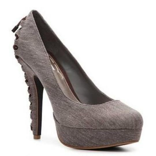 RACHEL Rachel Roy Gray Pumps Image 1