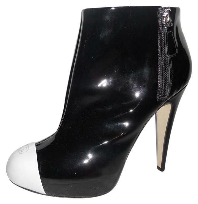Item - Black Patent Leather with White Cap Toe Boots/Booties Size EU 38 (Approx. US 8) Regular (M, B)