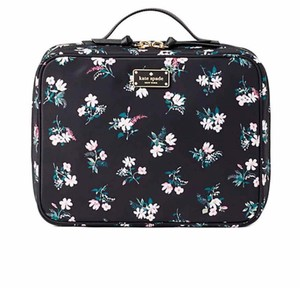 promo code 2014b 75161 Kate Spade Makeup Bags on Sale - Up to 90% off at Tradesy (Page 2)