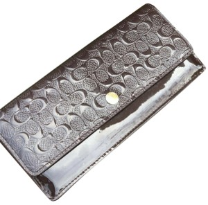 384df489200 Coach COACH LIOXB signature embossed patent leather wallet light Gold F52458