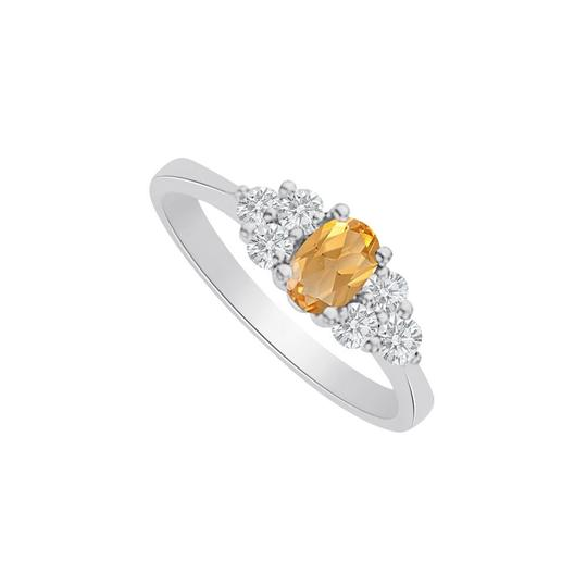 Preload https://img-static.tradesy.com/item/25499924/yellow-citrine-and-cz-seven-stones-in-14k-white-gold-ring-0-0-540-540.jpg