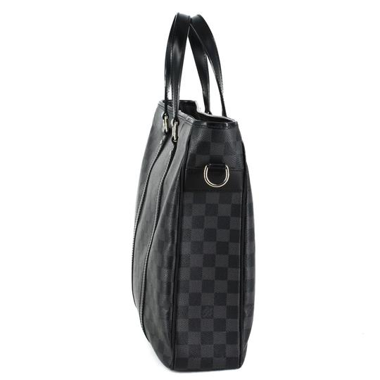 Louis Vuitton Damier Canvas Leather Mens Classic Messenger Bag Image 1