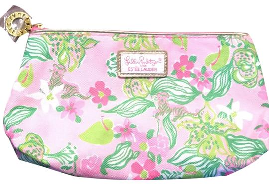 Preload https://img-static.tradesy.com/item/25500025/lilly-pulitzer-paisley-pink-for-estee-lauder-cosmetic-bag-0-1-540-540.jpg