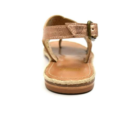 Johnston & Murphy Willow Perf 8.5m Toe Post Sandals Image 2
