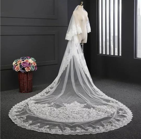 Long White/Ivory 10 Foot 2t Tier Cathedral Bridal Veil Image 1