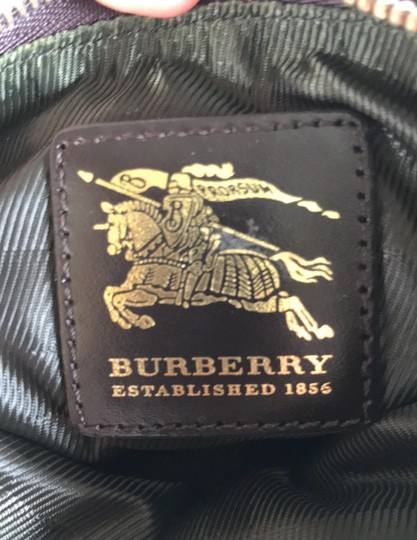 Burberry quilted nylon cosmetic bag Image 10