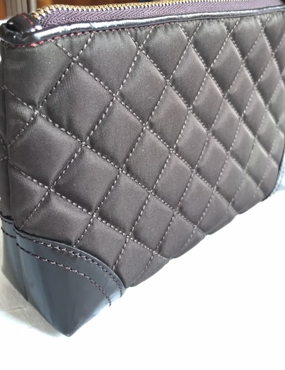Burberry quilted nylon cosmetic bag Image 4