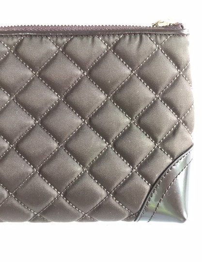 Burberry quilted nylon cosmetic bag Image 6