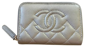 Chanel Chanel Classic Zipped Card holder