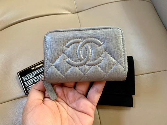 Chanel Chanel Classic Zipped Card holder Image 1