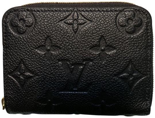 Preload https://img-static.tradesy.com/item/25500824/louis-vuitton-empreinte-leather-black-zippy-coin-purse-wallet-0-2-540-540.jpg