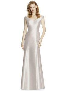Dessy Oyster Sateen Twill 4519 Formal Bridesmaid/Mob Dress Size 8 (M)