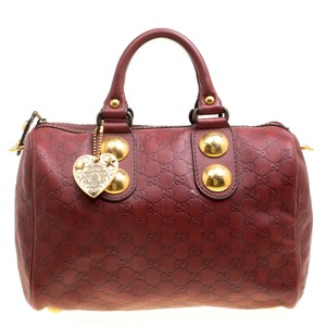 c79542a0b4 Gucci Bags on Sale - Up to 70% off at Tradesy