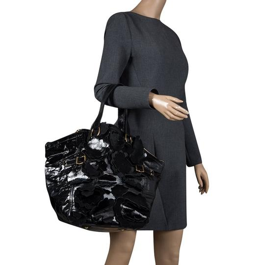 Saint Laurent Patent Leather Satin Tote in Black Image 2