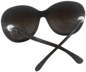 Chanel CHANEL 5302H Brown Oval Pearl Polarized Sunglasses