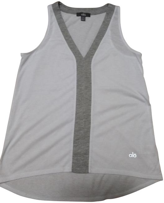 Item - White Activewear Top Size 2 (XS)