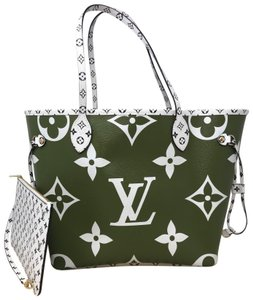 Louis Vuitton Neverfull Mm Neverfull Giant Giant Monogram Monogram Giant Neverfull Tote in Kaki