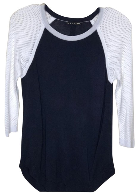 Preload https://img-static.tradesy.com/item/25508110/rag-and-bone-lexie-raglan-black-and-white-sweater-0-1-650-650.jpg