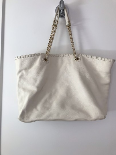 Tory Burch Tote in white Image 1